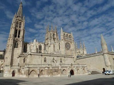 Agencia matrimonial y buscar pareja Burgos